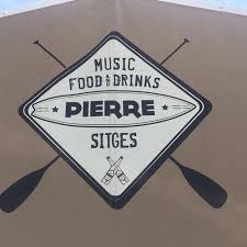Pierre Music Food and Drinks Sitges. Correcto sin más.
